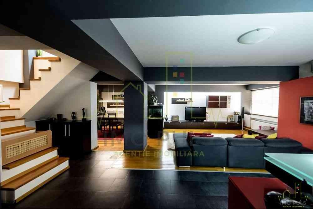 Apartament pe 2 nivele. Terasa d...