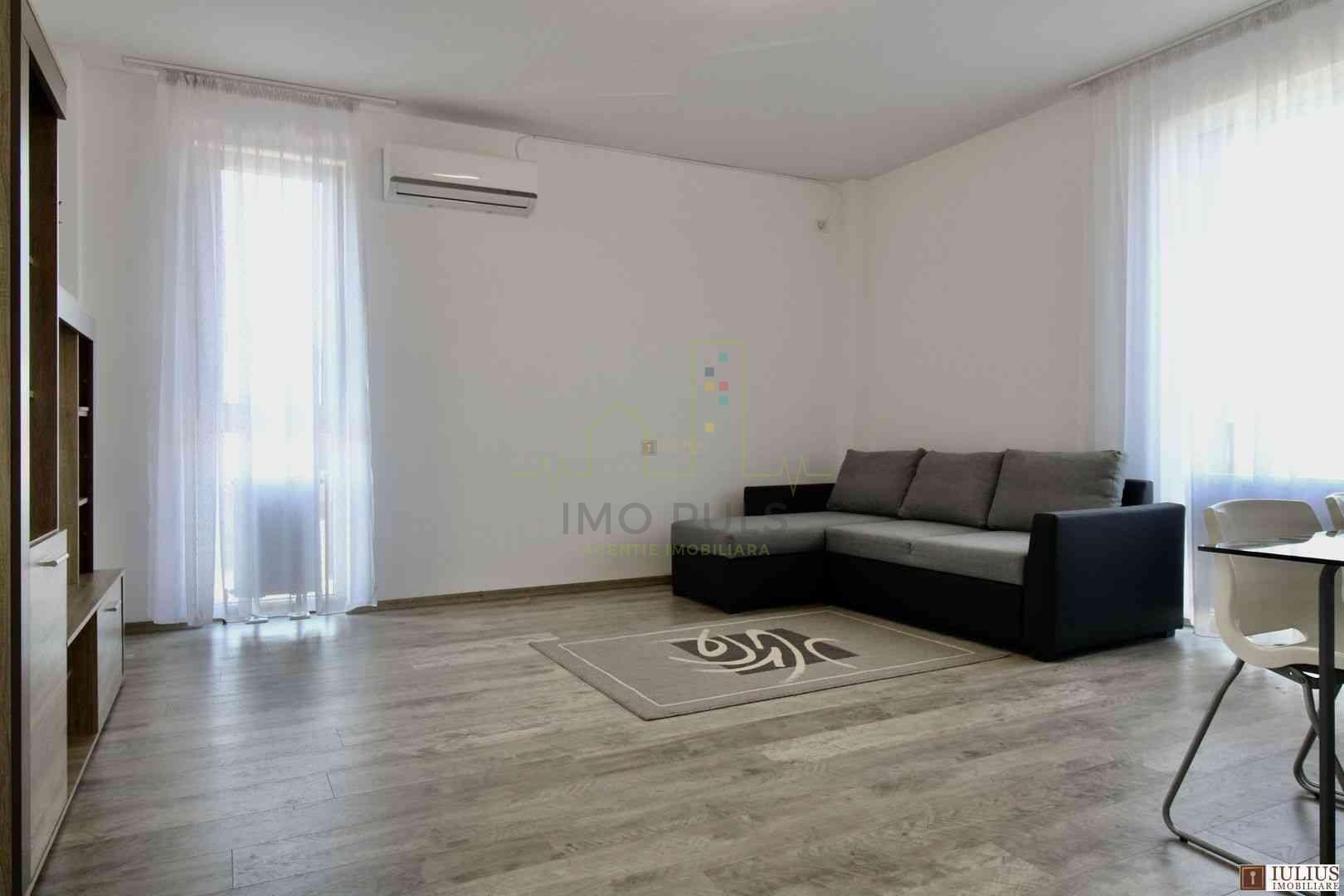 Apartament 2 camere, loc de parc...