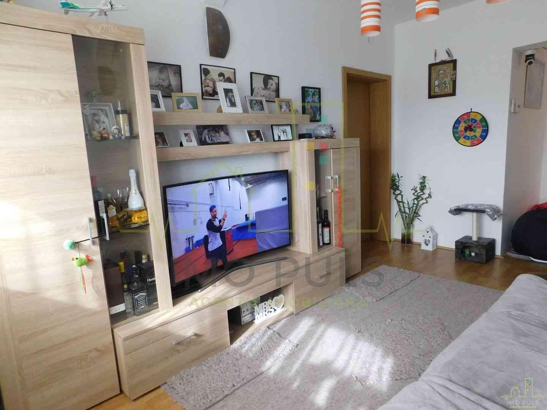 Apartament Spatios. 2 Bai. Centr...
